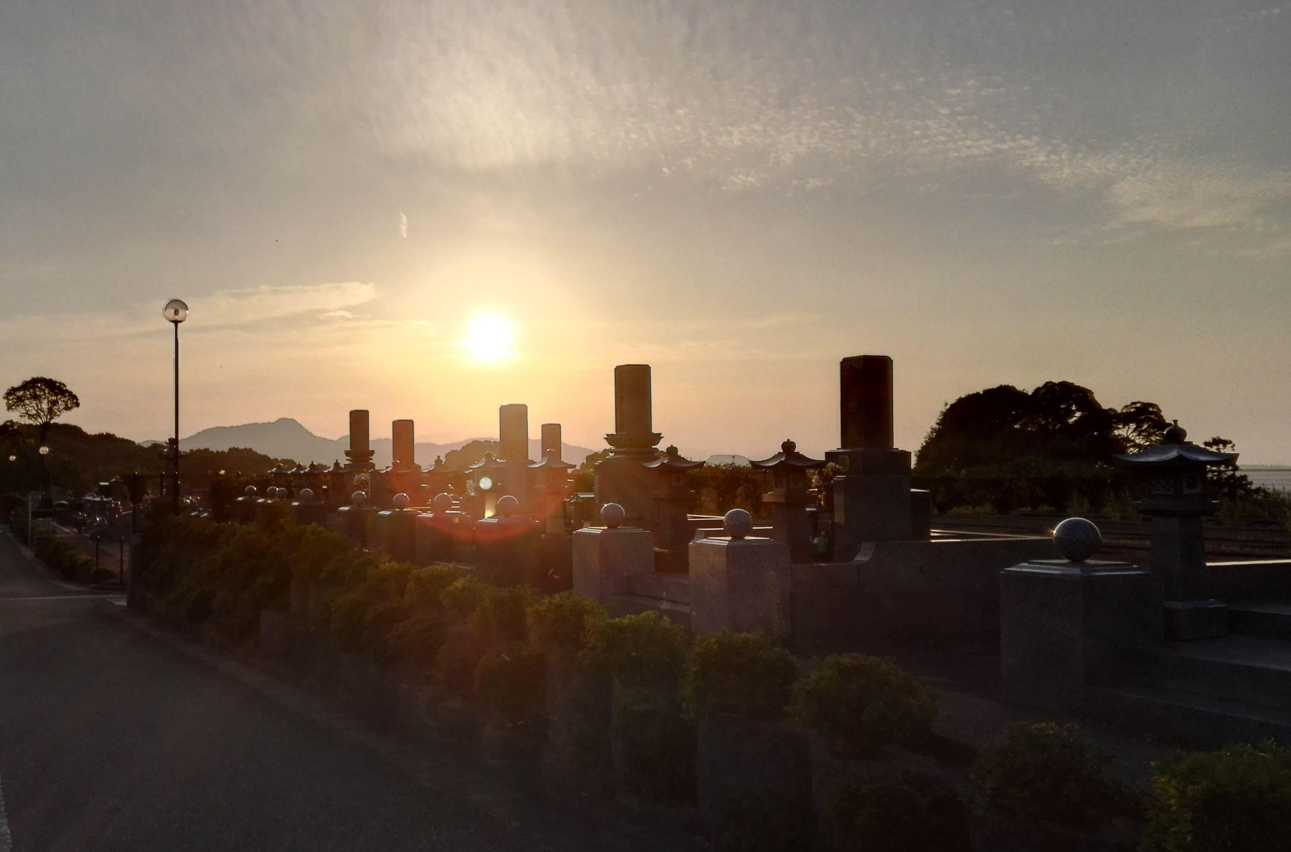 博多霊苑夕暮れ